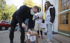 Zelenski sufre un varapalo en las elecciones locales celebradas en Ucrania