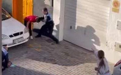 Polémica por la actuación de dos policías locales en una detención en Arrecife