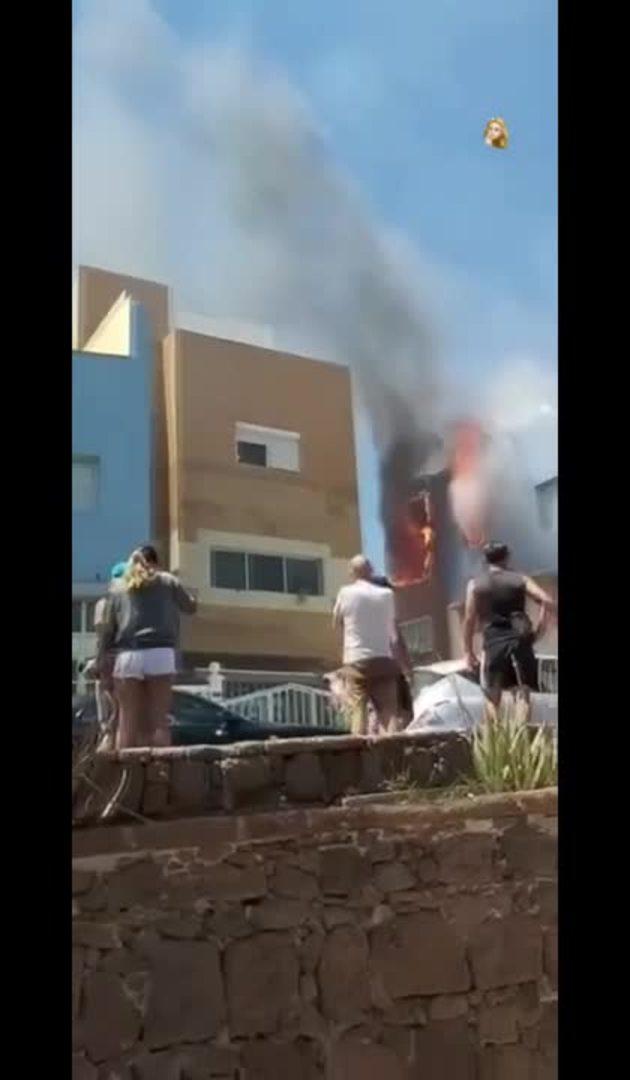Arde una vivienda en la Playa de Arinaga