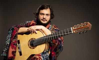 El guitarrista Yamandu Costa ofrece este sábado un concierto matutino en el Guiniguada