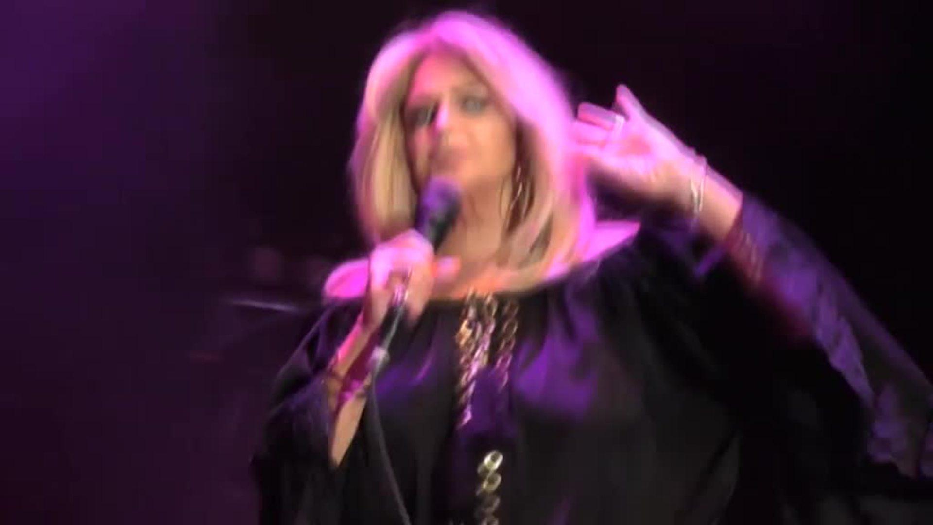 La incombustible Bonnie Tyler repasa los grandes éxitos de su carrera en Madrid