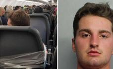 Atan a un pasajero borracho en un avión