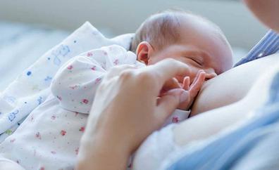 La lactancia materna favorece y regula el sueño de los niños