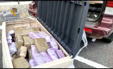 Arrestado en La Palma con 206 kilos de hachís y 4 de heroína en su coche