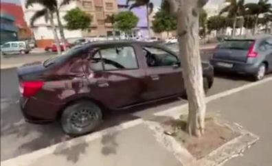 Destrozan las ventanillas de 23 coches en Vecindario
