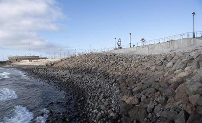 Controversia por las obras del Cabildo en el campo de regatas de Pozo Izquierdo