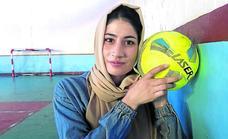 Mujeres contra el Emirato talibán