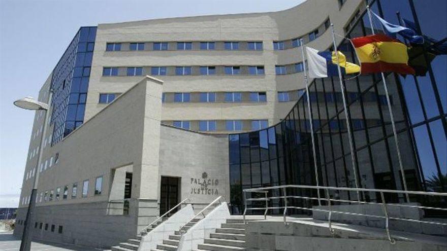 Piden diez años de cárcel por asfixiar y agredir sexualmente a su novia en Tenerife