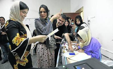 Irak vota en unas elecciones continuistas pese a la división de los chiíes