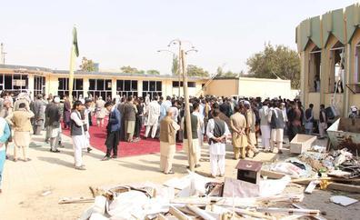 EE UU y los talibanes discuten la asistencia humanitaria para Afganistán