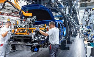 La falta de semiconductores reducirá en más de 7 millones la producción mundial de vehículos