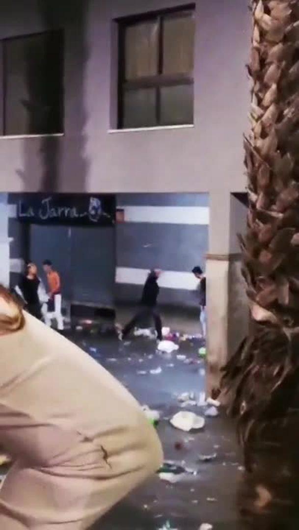 Pelea multitudinaria de jóvenes en Tenerife