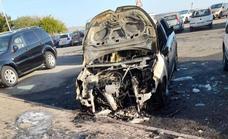 Arde un vehículo de madrugada en el Valle de Jinámar