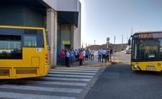 La ruptura de la paz social en Guaguas afecta al servicio habitual de una treintena de líneas