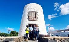 El arreglo del antiguo molino de viento de Teguise estará acabado en el inicio de 2022